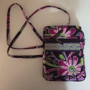 Vera Bradley Handbags - Vera Bradley cross body