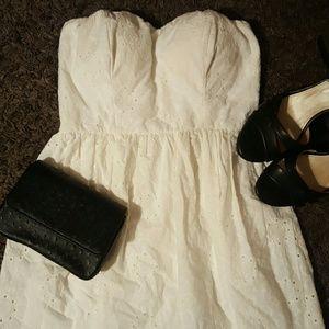 Speechless Dresses & Skirts - Speechless strapless sweetheart dress JRS