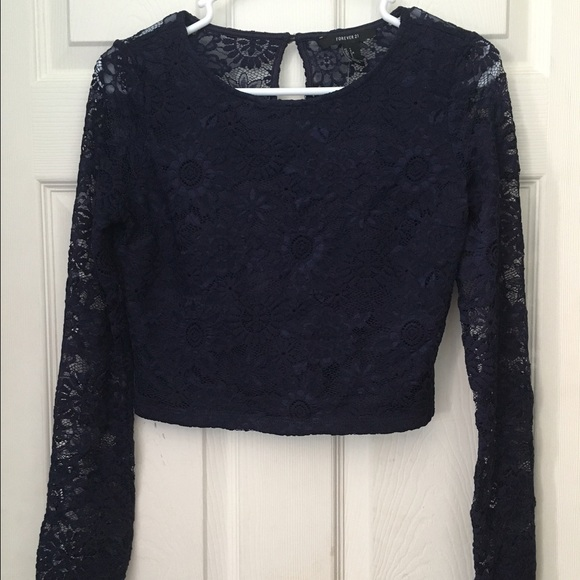 3e09d56f151c7 Brand New Navy Blue Lace Crop Top