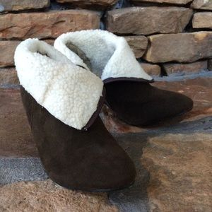 Fabulous Furs Shoes - NWOT Faux Shearling Ankle Booties