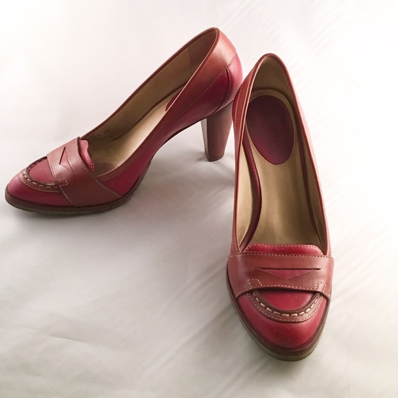 7f58a41dafa2 Cole Haan Shoes - COLE HAAN w  Nike Air Soles~Two-Tone Pumps