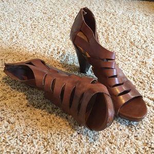 Franco Sarto leather heeled sandal, size 10