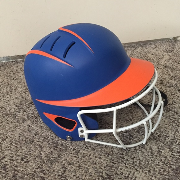 3cbda689e613 Boombah Accessories | Like New Softballbaseball Helmet | Poshmark