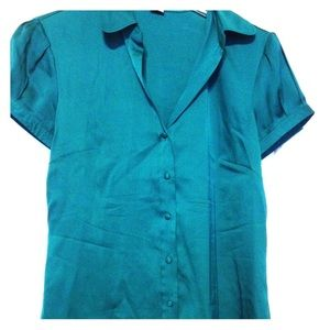 This Ann Taylor silk shirt is the teal deal!