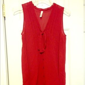 Perfect your Valentine's Day w/this red blouse!