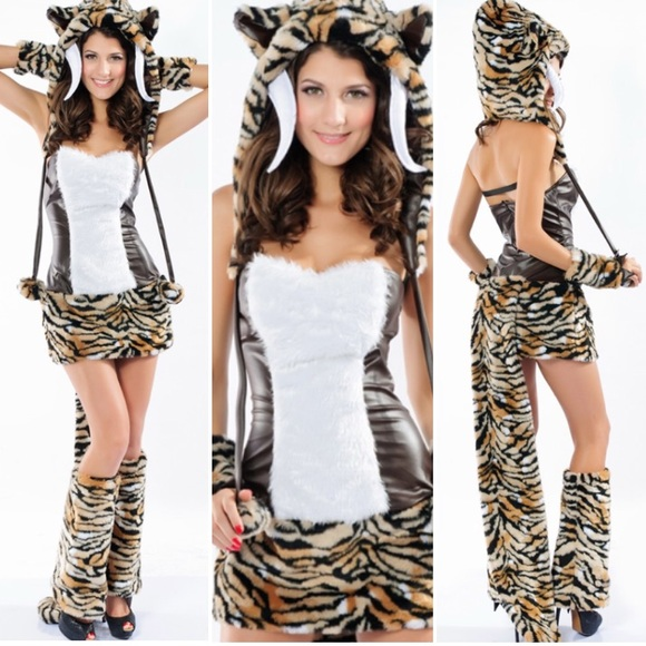 Sexy Sabertooth Tiger Fuzzy Costume Rage Small  sc 1 st  Poshmark & Other | Sexy Sabertooth Tiger Fuzzy Costume Rage Small | Poshmark
