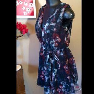 camilla & marc Dresses & Skirts - Camilla and Marc Dark Floral Dress