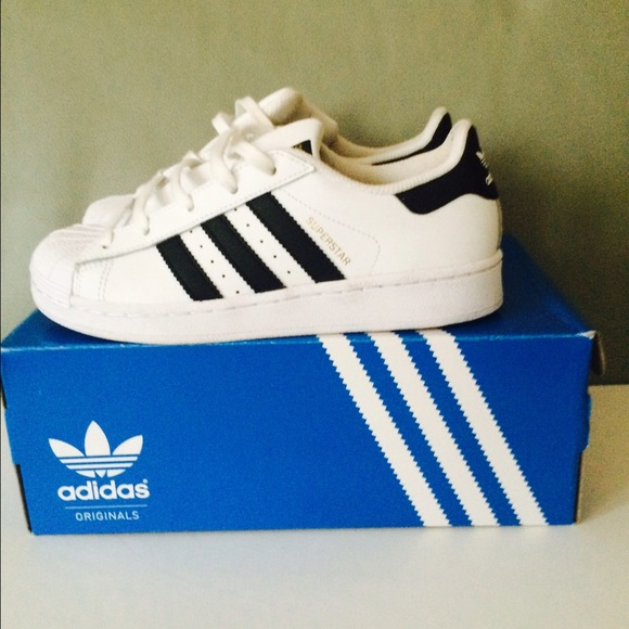 adidas superstar size 2