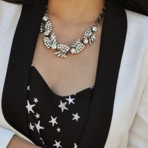 ❄️Last one! ❄️Crystal feather statement necklace