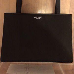kate spade Bags - classic kate spade little black bag 💕
