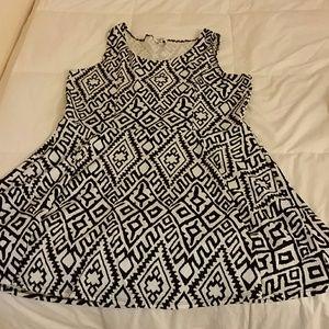 Dresses & Skirts - Sleeveless dress