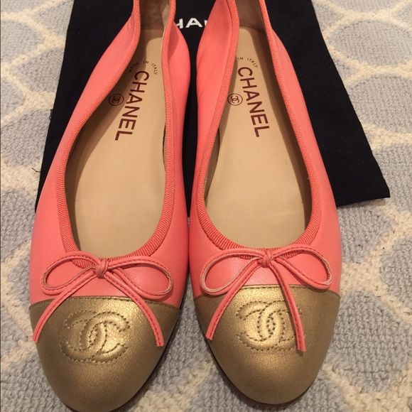 c7190abfd947 CHANEL Shoes - Chanel Flats (size 6