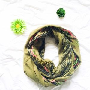 Accessories - Green Bohemian Infinity Scarf