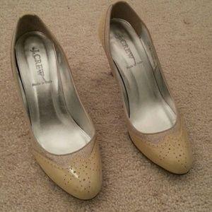 Women's size 8 shoe
