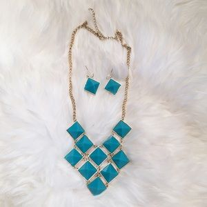 Jewelry - Turquoise Stone Necklace & Earring Set