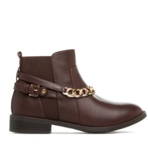 Need to go ASAP Brand New Shoedazzle bootie