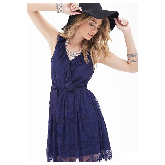 Beautiful Forever 21 Navy Lace Knee Length Dress Nwt