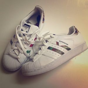 Adidas Superstar Womens Size 7
