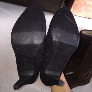 Shoes - Never worn. No interest