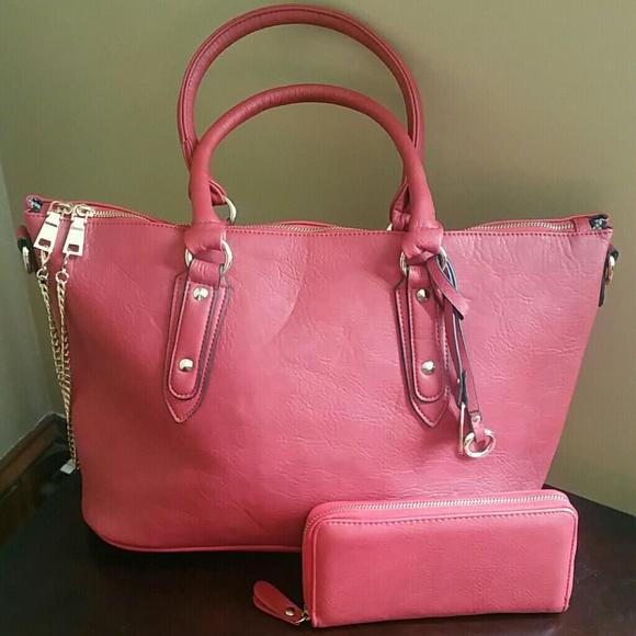 47250ec73b19 Black Rivet Handbags - Wilson s Leather - Black Rivet Red Tote   Wallet