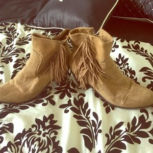 Shoes - Tan booties with fringe