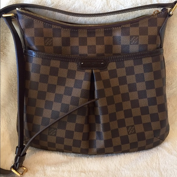 ceda55788e Louis Vuitton Handbags - 100% Authentic Louis Vuitton Bloomsbury PM Damier