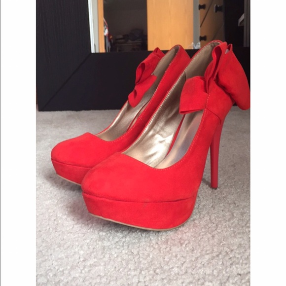 f139c658aa59 Charlotte Russe Shoes - Charlotte Russe red platform heel with bow
