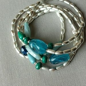 Lia Sophia Jewelry - Lia Sophia set of 5 stretchy bracelets