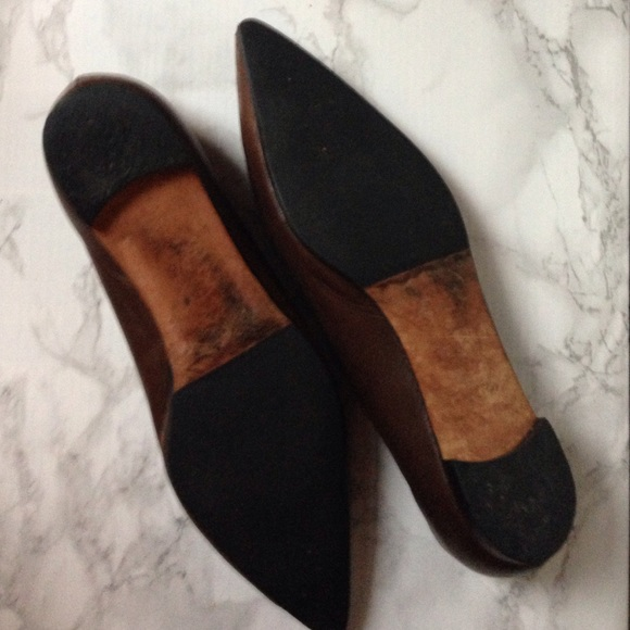 Manolo Blahnik Shoes - Manolo Blahnik Titto Brown Pointed Toe Flats 37.5