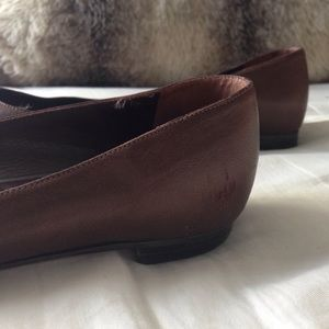 Manolo Blahnik Shoes - Manolo Blahnik Titto Brown Pointed Toe Flats 37.5