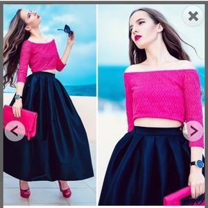 Maxi full skirt in violet.