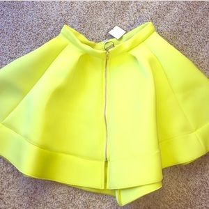 Muehleder NYC Skirts - Neon green full skater skirt with gold zipper NWT
