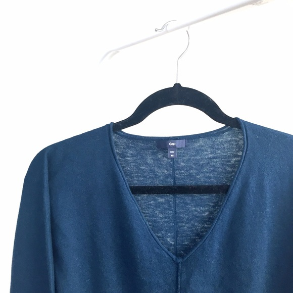 GAP Sweaters - Like NEW Gap fine knit v-neck deep blue sweater