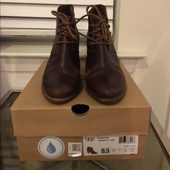74a14458d64 UGG Shoes | Mackie Boot | Poshmark