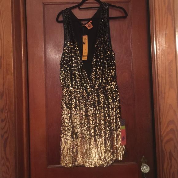 860029280cb6 Tory Burch Dresses | Sale Sequin Dress | Poshmark