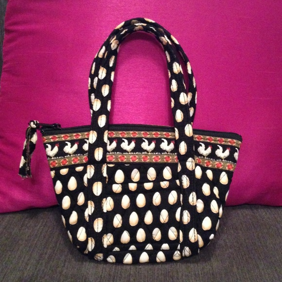 0087d0589d Vera Bradley small purse rooster   egg handbag. M 56b7ed70620ff7ed0201023d