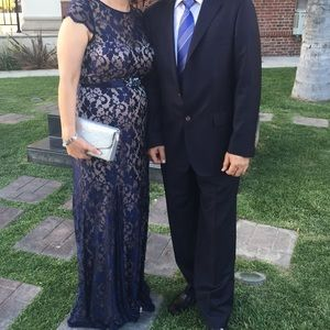 Betsy & Adam Dresses & Skirts - Navy Blue Lace evening dress