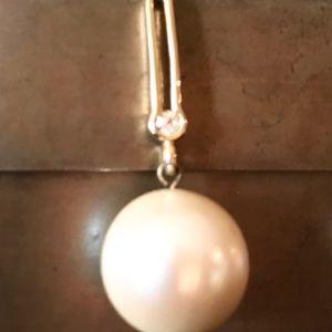 Vintage Jewelry - Vintage Faux Pearl Drip Earrings