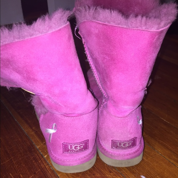 00a5cf27023 UGG BOOTS!! Pink Uggs Women Size 9, Breast Cancer