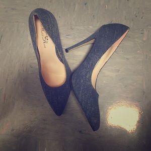Shoes - The Perfect Denim Pumps