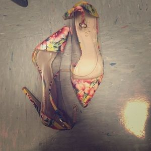 Shoes - The Perfect Floral Pump