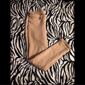 Pants - Tan pants 👖