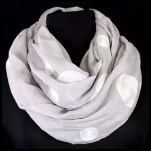 B14 Gray White Embroidery Circle Infinity Scarf