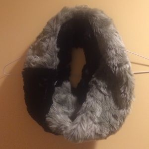 New Parkhurst Faux Fur Infinity Scarf