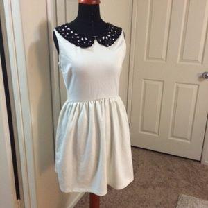 Dresses & Skirts - A-line dress