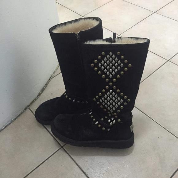 db23b628301 Tall black studded UGGs