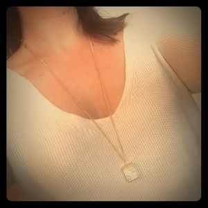 Jewelry - Minimalistic white turquoise and gold necklace