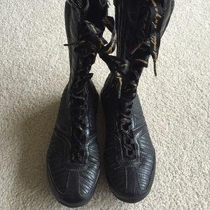 e58c2cd99d8510 Nike Shoes - Shox Q-Vida  Lightweight Nike Boot