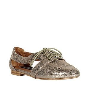 Metallic Cut Out Oxfords