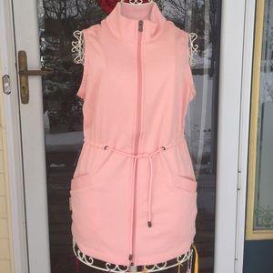 ⭐️SALE⭐️NWOT Ugg pink cozy vest